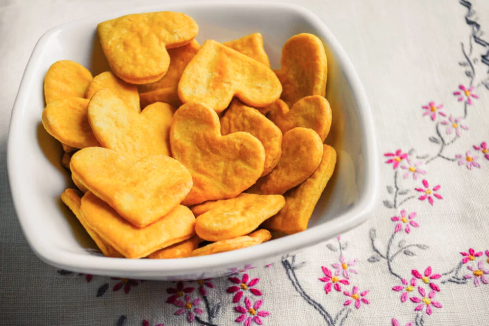 "<p>Sweet potato leftovers? No probs, this simple recipe will use them up! Make these tasty crackers and dip 'em in everything. </p><p>Get the <a href=""https://www.merrimentdesign.com/sweet-potato-crackers-recipe-easy-healthy-recipe-for-kids.php"" rel=""nofollow noopener"" target=""_blank"" data-ylk=""slk:Sweet Potato Crackers"" class=""link rapid-noclick-resp"">Sweet Potato Crackers</a> recipe. </p><p>Recipe from <a href=""https://www.merrimentdesign.com/"" rel=""nofollow noopener"" target=""_blank"" data-ylk=""slk:Merriment Design"" class=""link rapid-noclick-resp"">Merriment Design</a>. </p>"