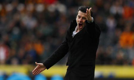 Britain Soccer Football - Hull City v Watford - Premier League - The Kingston Communications Stadium - 22/4/17 Hull City manager Marco Silva gestures Action Images via Reuters / Jason Cairnduff Livepic