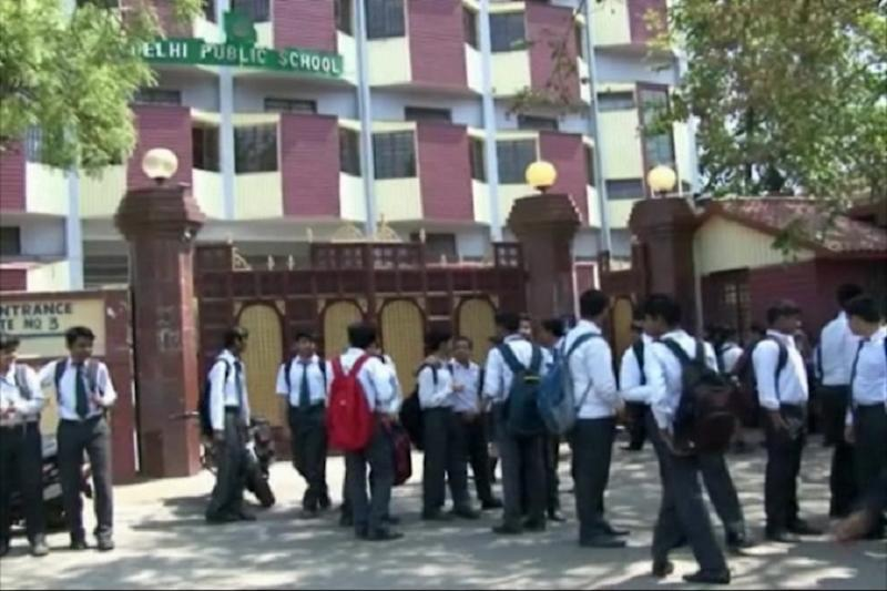 CBSE to Conduct Pending Board Exams for Only 29 Subjects; All Class 1-8 Students to Be Promoted
