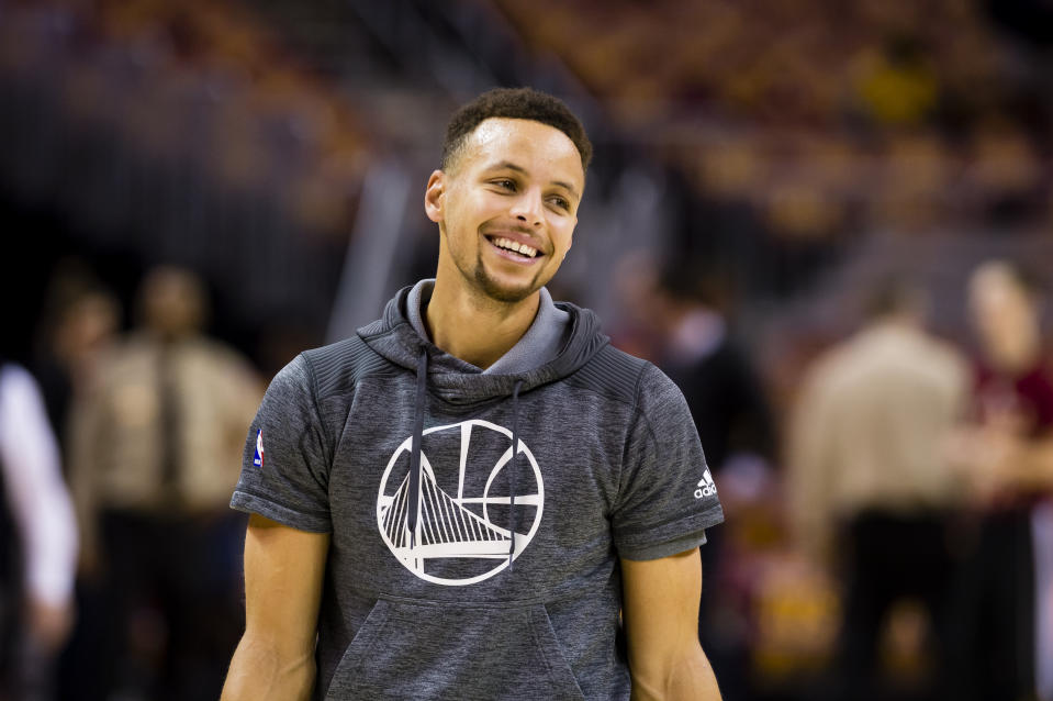 CLEVELAND, OH - DECEMBER 25: Stephen Curry #30 of the Golden State Warriors warms up prior to the game against the Cleveland Cavaliers at Quicken Loans Arena on December 25, 2016 in Cleveland, Ohio. NOTE TO USER: User expressly acknowledges and agrees that, by downloading and/or using this photograph, user is consenting to the terms and conditions of the Getty Images License Agreement. Mandatory copyright notice. (Photo by Jason Miller/Getty Images)