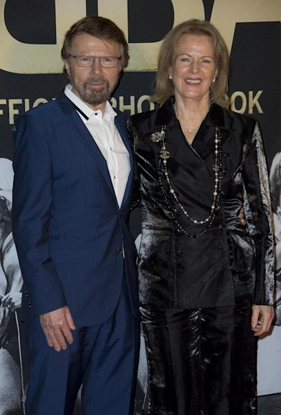 Swedish singer's Bjorn Ulvaeus, left, and Anni-Frid Lyngstad, of the pop group ABBA, pose on the red carpet for the band's International anniversary party at the Tate Modern in central London, Monday, April 7, 2014. The event marks the launch of ABBA – The Official Photo Book, the first ever authorised photographic biography of the band. (Photo by Joel Ryan/Invision/AP Images)