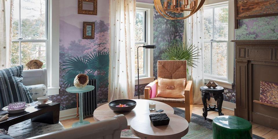 Photo credit: Photo by Phil Mansfield, Interior Design by Damour Drake