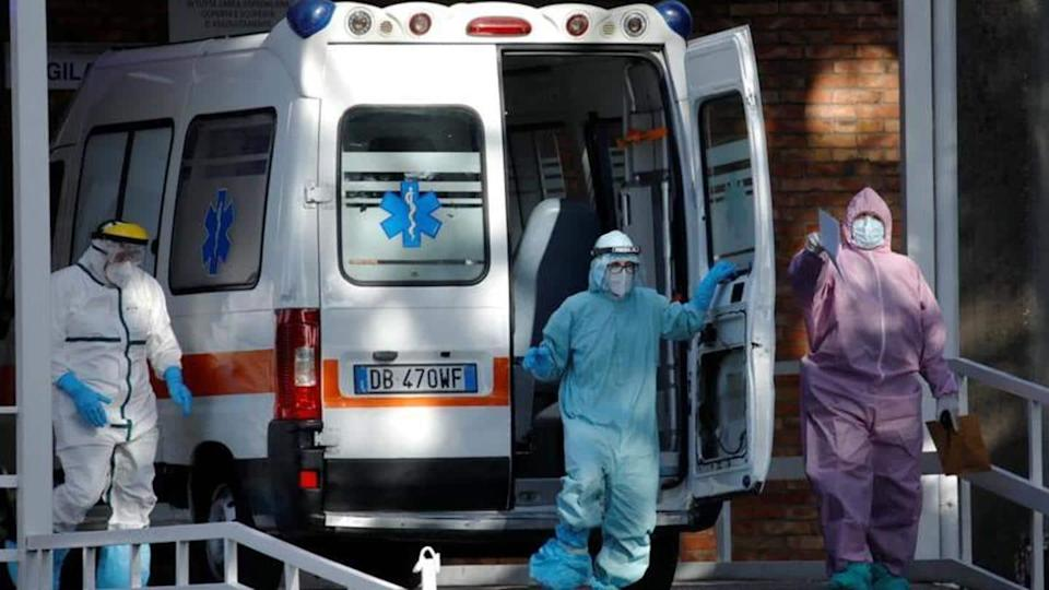 Italy: COVID-19 cases surge, hospitals near breaking-point; partial lockdown extended
