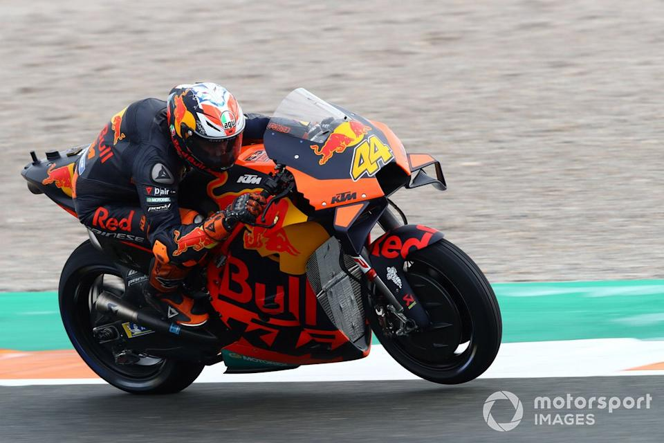 """Pole Position Pol Espargaró, Red Bull KTM Factory Racing<span class=""""copyright"""">Gold and Goose / Motorsport Images</span>"""