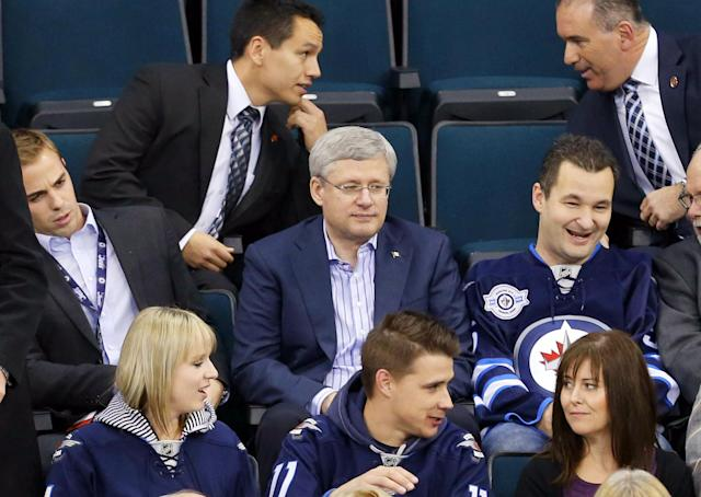 Canadian Prime Minister congratulates Canadiens, inadvertently trolls half his country