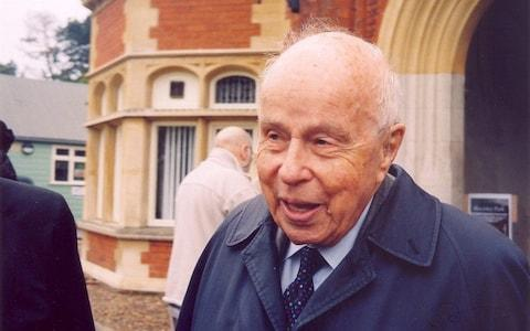 Rolf Noskwith outside the main building at Bletchley Park in 2012
