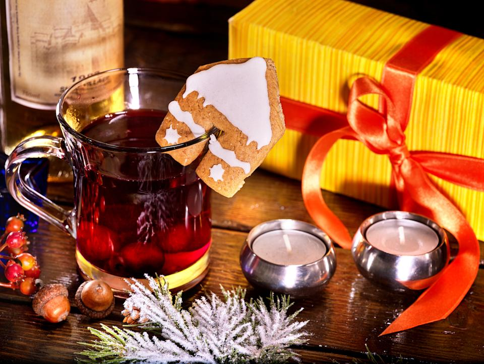 Warming grog with wine to drink on Christmas