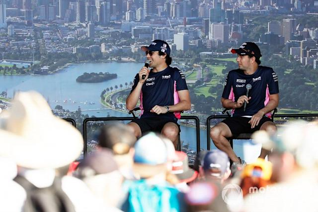 "Sergio Perez, Racing Point, y Lance Stroll, Racing Point <span class=""copyright"">Glenn Dunbar / Motorsport Images</span>"