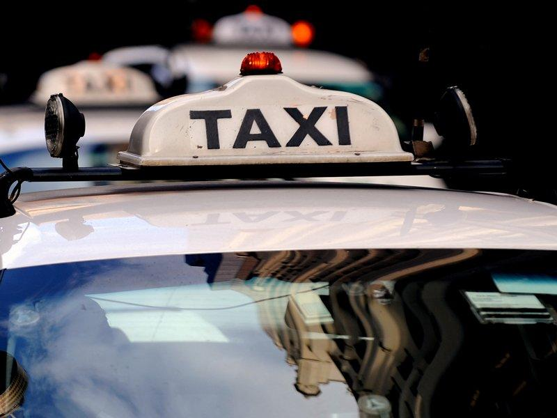 IPART recommends more NSW taxi licences