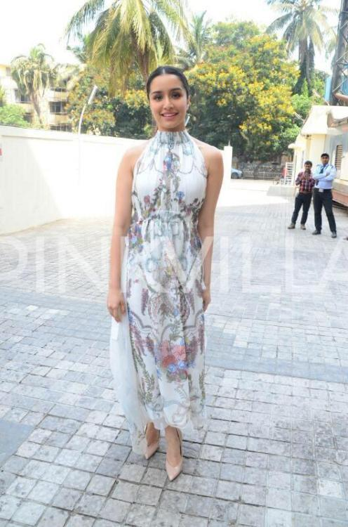 27819fc73cbac Shraddha Kapoor has been making headlines for her all the link-up rumours  with Farhan Akhtar. On the work front, Shraddha will next be seen in Half  ...