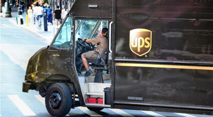 BMO Capital Markets Trims United Parcel Service (UPS) Target Price to $121.00
