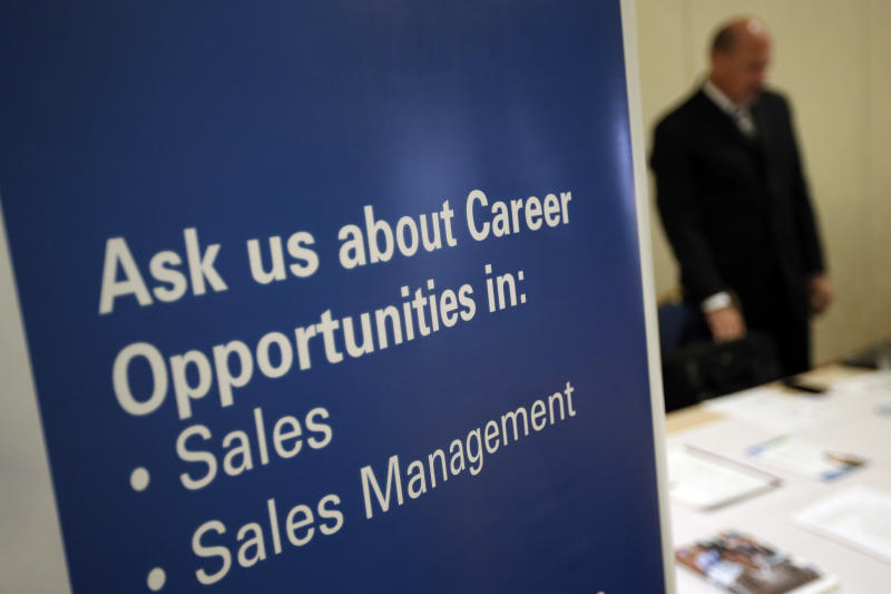 Employers aren't cutting, or adding, many staffers
