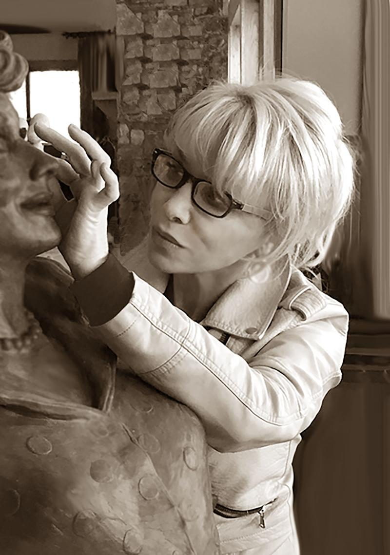 Artist Carolyn Palmer works on the new Lucille Ball statue, which will be unveiled in Celoron, N.Y., in August. (Photo: Courtesy of Carolyn Palmer)