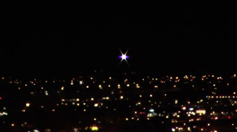 The light can be seen getting brighter and brighter. Photo: Youtube/UFOs Over Vegas – Steven Barone
