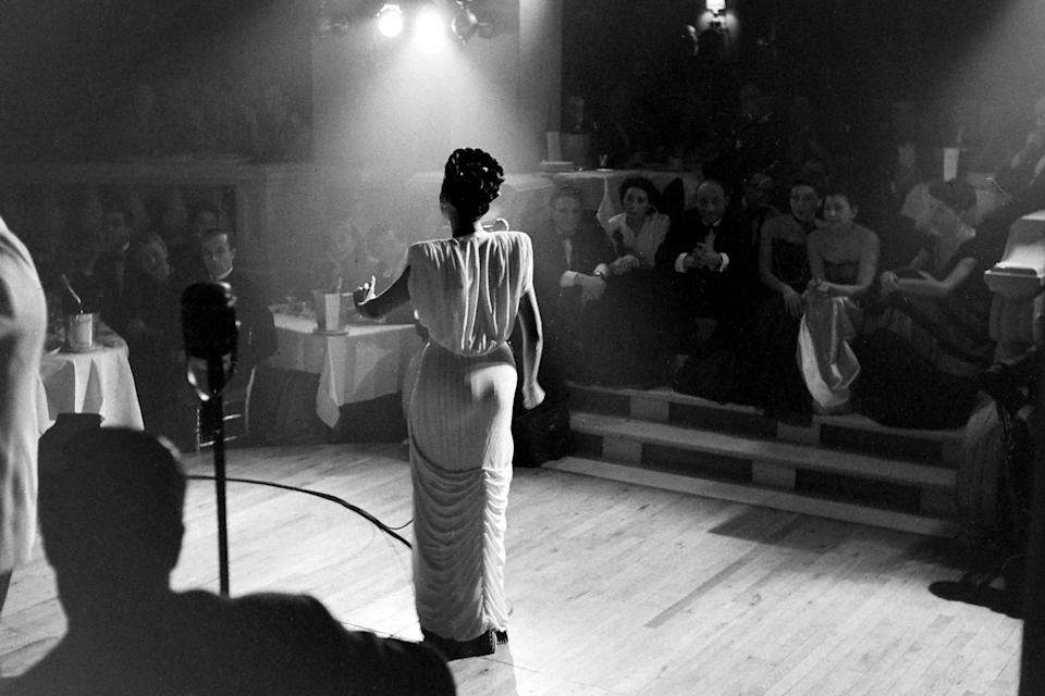 American singer Lena Horne performs at a Parisian jazz club in 1947.