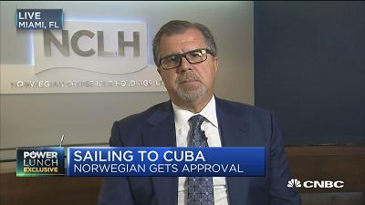 Frank Del Rio, Norwegian Cruise Line CEO, weighs in on President-elect Donald Trump, including his impact on the economy and his Cuba policy. With Tilman Fertitta, Landry's CEO.