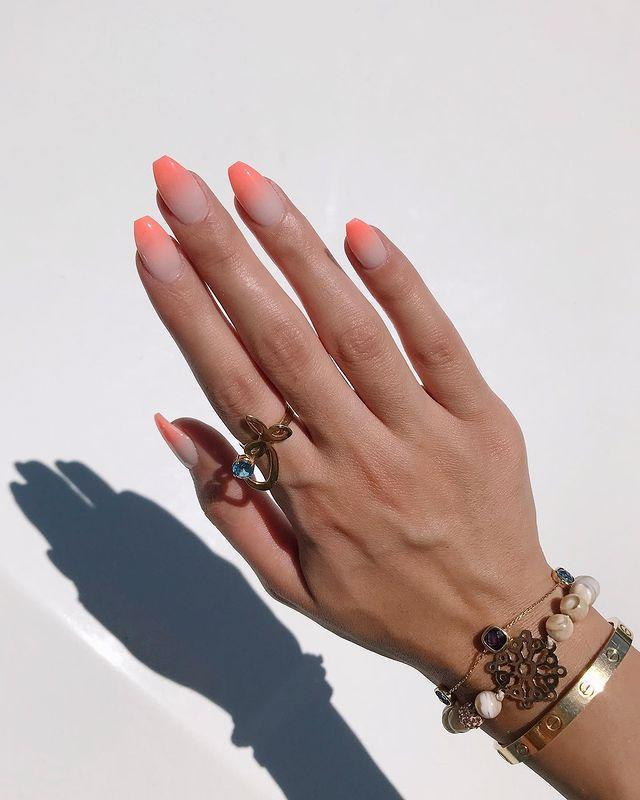 """<p>If a manicure could encapsulate summer, this would be it.</p><p><a href=""""https://www.instagram.com/p/B0v0U7hnpsl/"""" rel=""""nofollow noopener"""" target=""""_blank"""" data-ylk=""""slk:See the original post on Instagram"""" class=""""link rapid-noclick-resp"""">See the original post on Instagram</a></p>"""