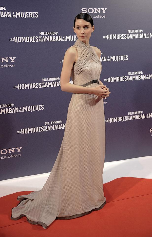 "<a href=""http://movies.yahoo.com/movie/contributor/1809789186"">Rooney Mara</a> at the Madrid premiere of <a href=""http://movies.yahoo.com/movie/1810163569/info"">The Girl With the Dragon Tattoo</a> on January 4, 2012"