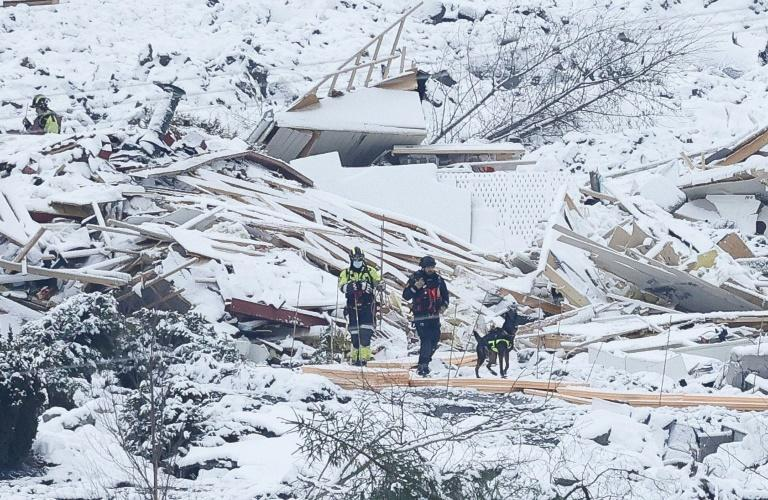 Rescue workers are continuing to search for survivors