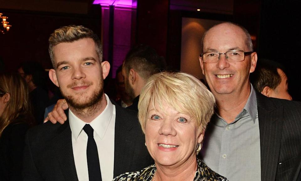 (L to R) Russell Tovey, mother Carole Haynes and father George Tovey. (David M. Benett/Dave Benett/WireImage)