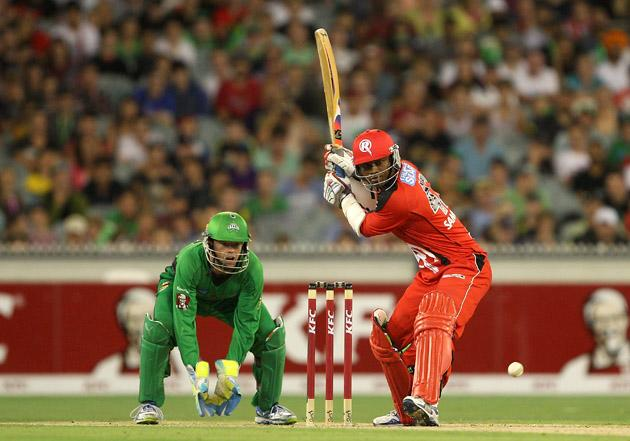 MELBOURNE, AUSTRALIA - JANUARY 06:  Marlon Samuels of the Stars plays a shot during the Big Bash League match between the Melbourne Stars and the Melbourne Renegades at Melbourne Cricket Ground on January 6, 2013 in Melbourne, Australia.  (Photo by Robert Prezioso/Getty Images)