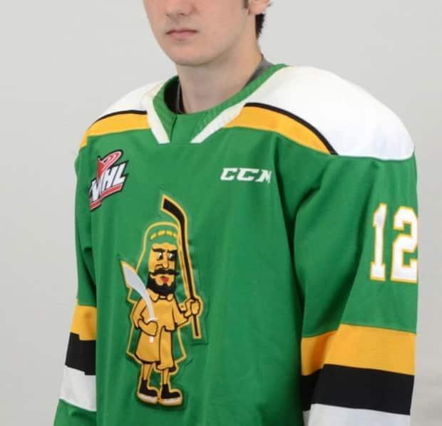 The Prince Albert Raiders' third uniform featuringan old offensive logowas met withimmediate backlash after beingannounced on the the team's Twitter account on Friday night. (@worldhockeyrpt/Twitter - image credit)