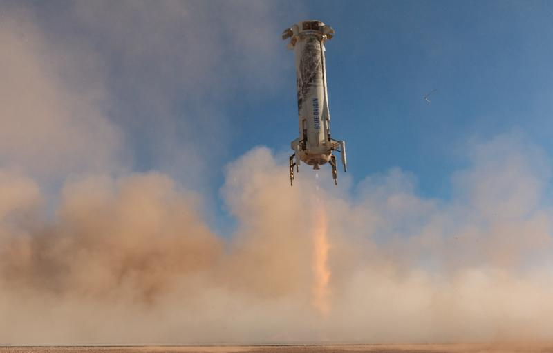blueorigin-newshepard-ns10-landedbooster2