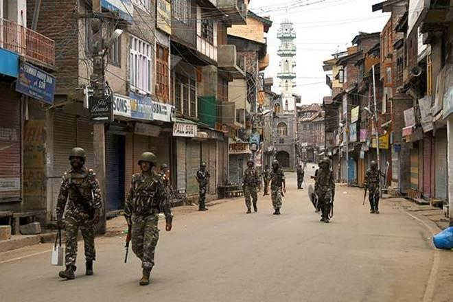 Reducing J&K to a UT is violative of a healthy federal structure since a UT is subordinate to the Centre and doesn't enjoy freedoms enjoyed by States in the Union. (PTI Photo)