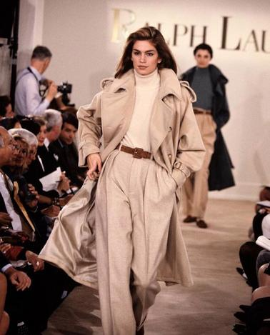 <p>Rocking some seriously fierce brows and an excellent catwalk swagger, it's easy to see how Crawford is so famous. <i>[Photo: Instagram/Cindy Crawford]</i><br /></p>