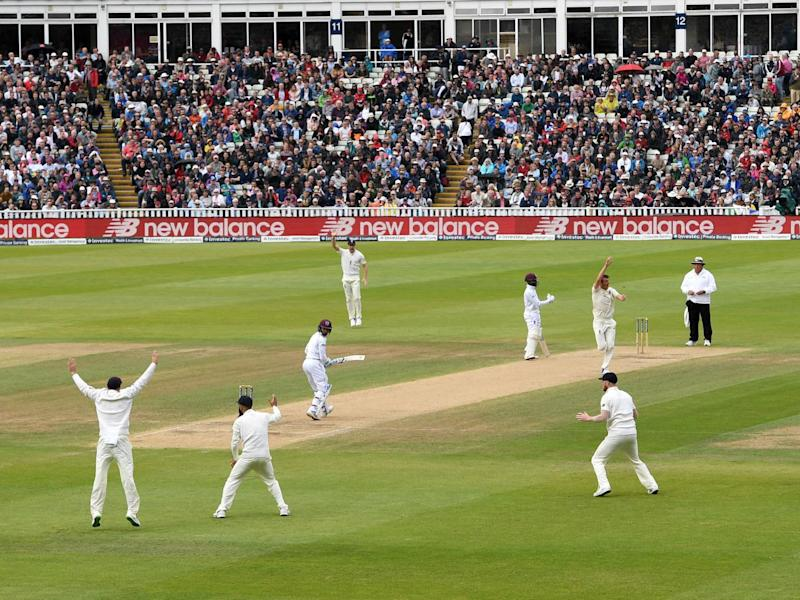 England appeal successfully for the wicket of Shane Dowrich (Getty)