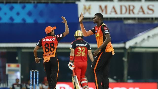 Jason Holder was the pick of Hyderabad's bowlers with three crucial wickets. He removed Virat Kohli (33), Glenn Maxwell (59) and Kyle Jamieson (12). Sportzpics