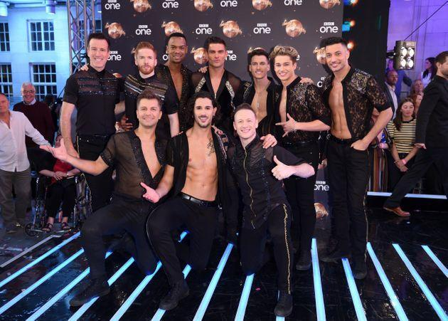 Kevin posing with his fellow male Strictly pros in 2018 (Photo: Karwai Tang via Getty Images)