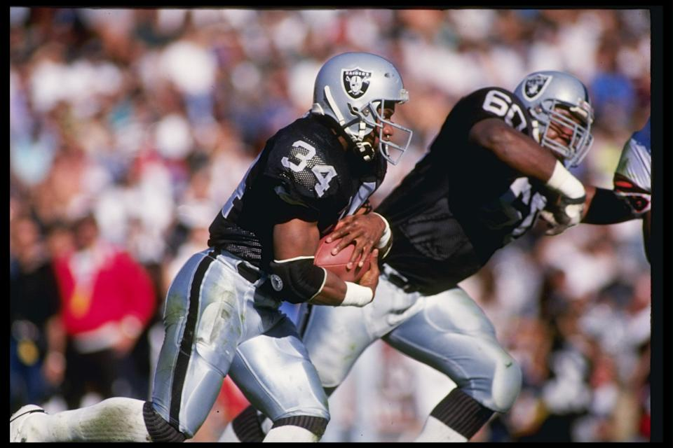 13 Jan 1991: Running back Bo Jackson of the Los Angeles Raiders runs down the field during a playoff game against the Cinicinnati Bengals at the Los Angeles Coliseum in Los Angeles, California. The Raiders won the game 20-10.