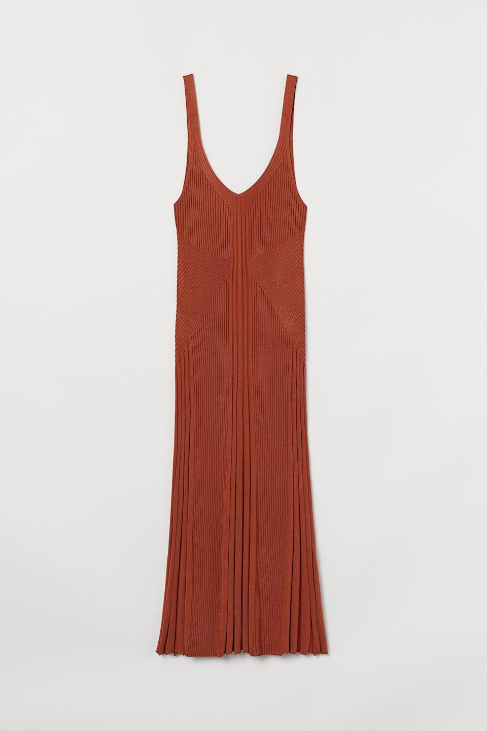 <p>This <span>H&amp;M Rib-Knit Dress</span> ($60) is the type of dress you want to be seen in.</p>