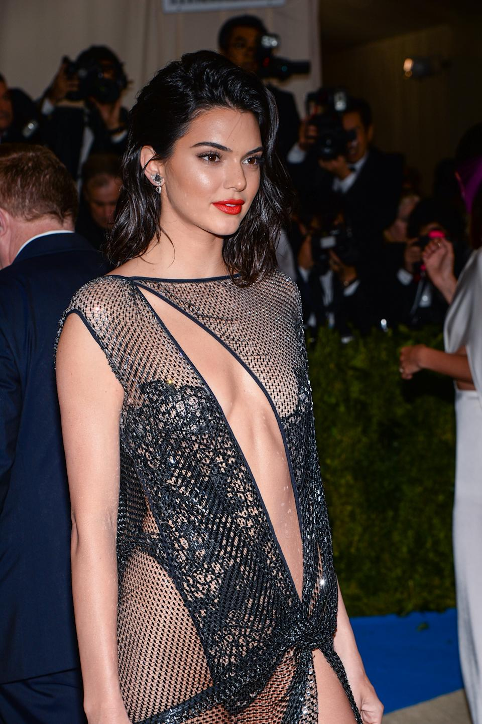 Kendall Jenner arriving at The Metropolitan Museum of Art Costume Institute Benefit celebrating the opening of Rei Kawakubo / Comme des Garcons : Art of the In-Between held at The Metropolitan Museum of Art in New York, NY, on May 1, 2017. (Photo by Anthony Behar) *** Please Use Credit from Credit Field ***