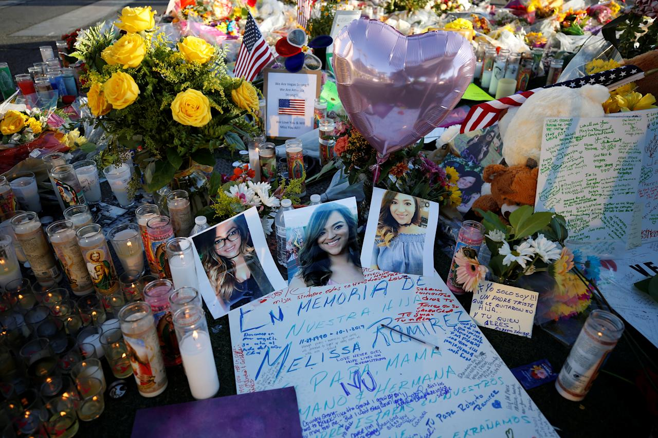 <p>A makeshift memorial is pictured in the middle of Las Vegas Boulevard following the mass shooting in Las Vegas, Nev., Oct. 6, 2017. (Photo: Chris Wattie/Reuters) </p>