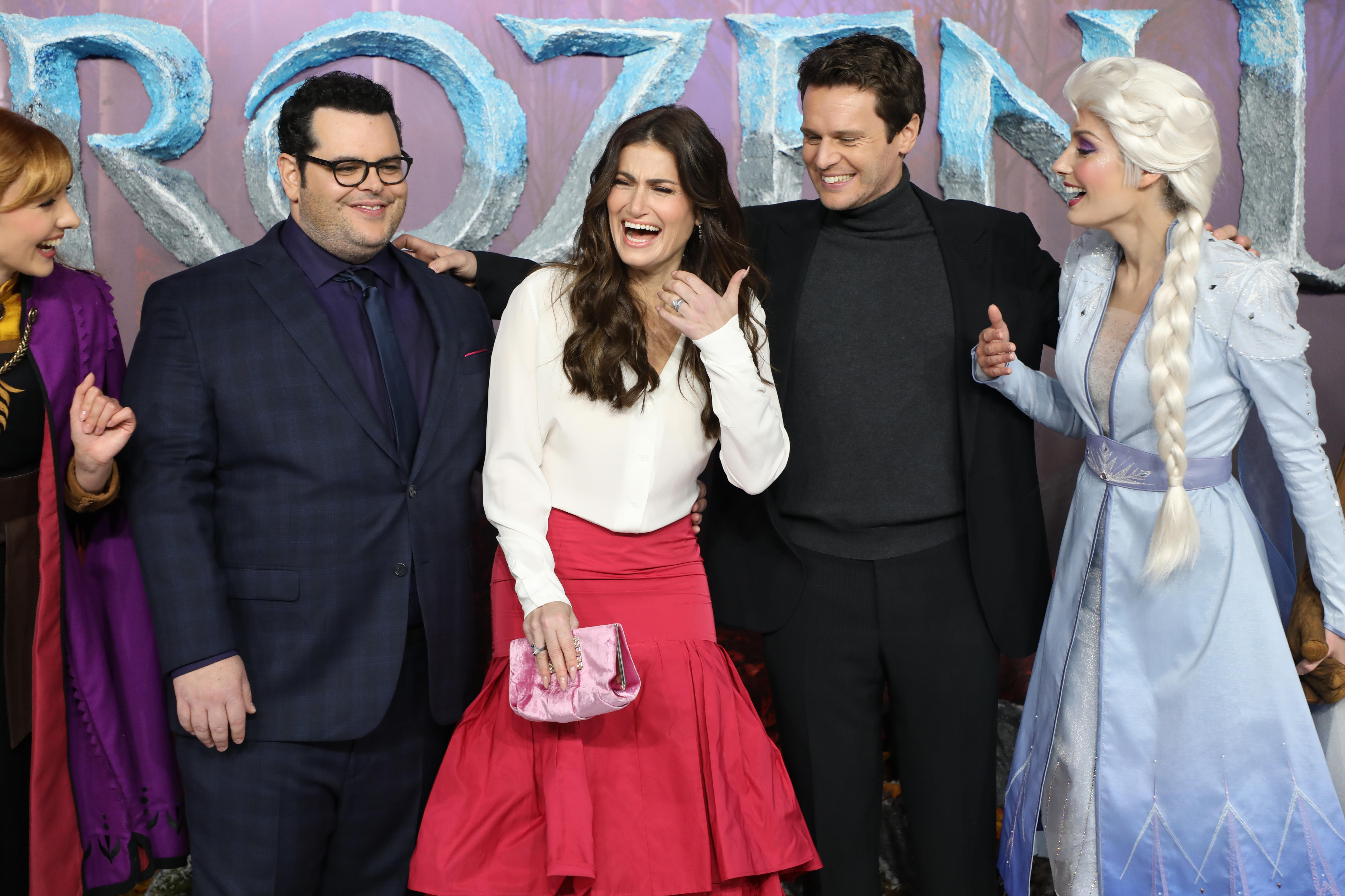 "LONDON, ENGLAND - NOVEMBER 17: (L-R) Josh Gad, Idina Menzel and Jonathan Groff attend the ""Frozen 2"" European premiere at BFI Southbank on November 17, 2019 in London, England. (Photo by Lia Toby/Getty Images)"