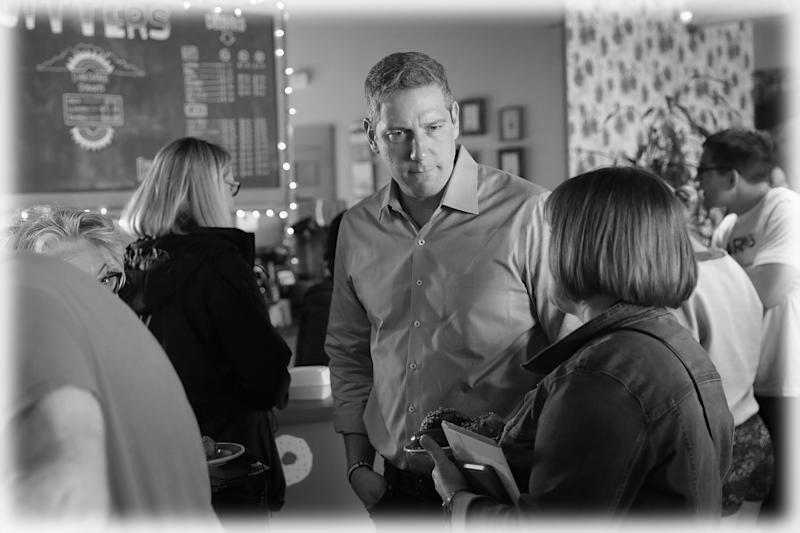 Democratic presidential candidate and Ohio congressman Tim Ryan speaks to guests during a campaign stop hosted by the Woodbury County Democrats at Jitters coffee shop on May 18, 2019 in Sioux City, Iowa. (Photo: Scott Olson/Getty Images)
