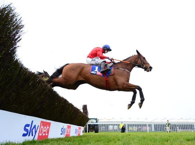 Envoi Allen easily extended his unbeaten record with an 11th successive victory under rules in the Sky Bet Killiney Novice Chase at Punchestown