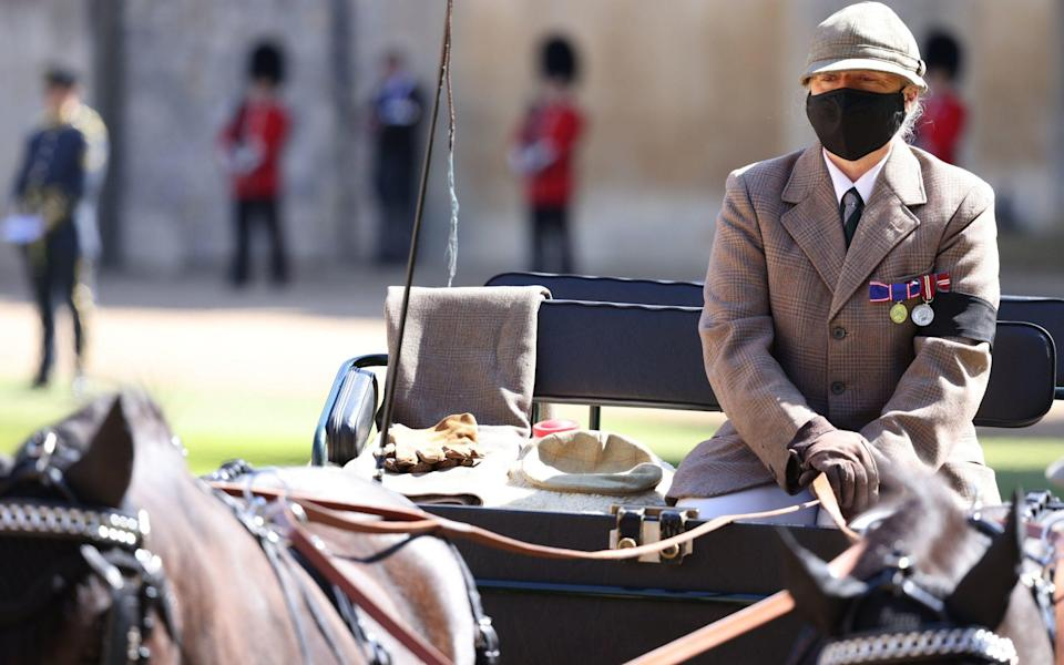 The Duke of Edinburgh's driving carriage arrives in the Quadrangle ahead of his funeral - Ian Vogler/Daily Mirror/PA