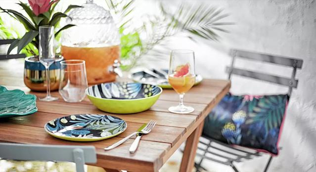 From outdoor furniture to summer fashion, these are the best sales to shop this bank holiday. (Argos)