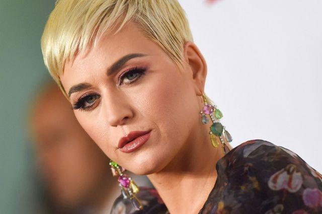 Katy Perry plans record-breaking show at women's T20 final