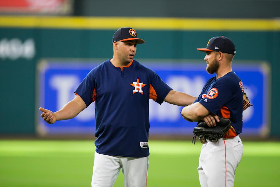 HOUSTON, TX - AUGUST 16: Houston Astros designated hitter Carlos Beltran, left, talking to Houston Astros catcher Max Stassi during batting practice prior to an MLB game between the Houston Astros and the Arizona Diamondbacks at Minute Maid Park, Wednesday, August 16, 2017. Houston Astros defeated Arizona Diamondbacks 9-5. (Photo by Juan DeLeon/Icon Sportswire via Getty Images)