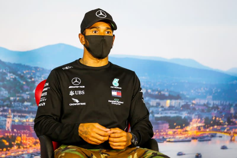 Hamilton criticises F1 after 'rushed' anti-racism gesture