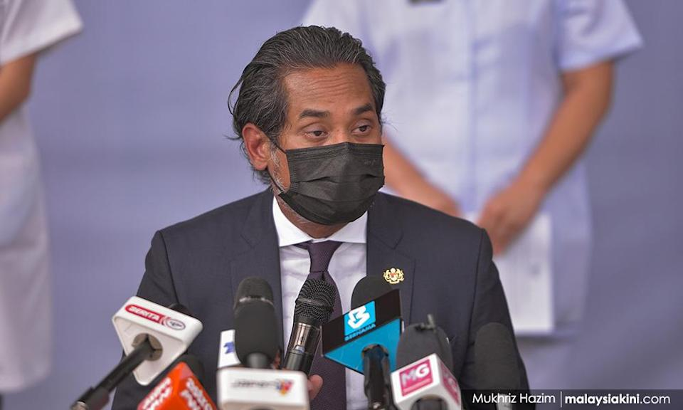 Khairy to skip Pfizer vaccine to prove a point