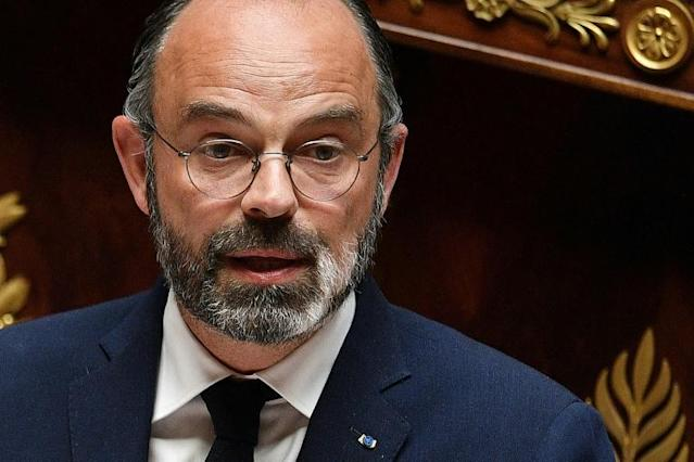 French Prime Minister Edouard Philippe delivers a speech as he presents the government's plan to exit from the lockdown (AFP Photo/David NIVIERE)
