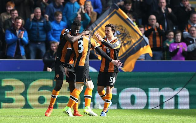 <p>Hull City's Andrew Robertson celebrates scoring their first goal with teammates </p>