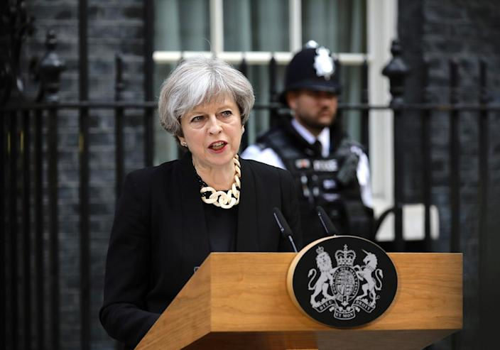<p>Britain's Prime Minister Theresa May speaks outside 10 Downing Street in London, June 4, 2017. (Photo: Kevin Coombs/Reuters) </p>
