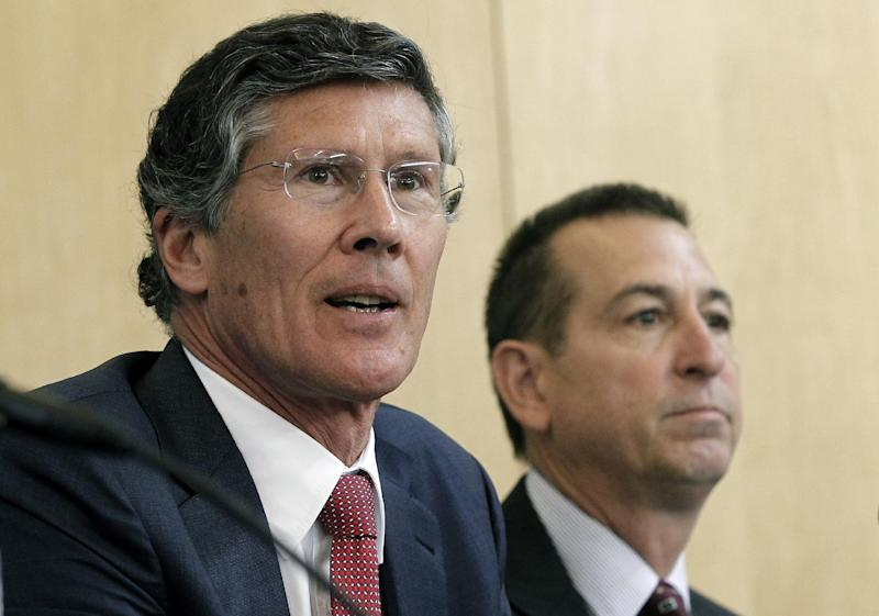 CIT Group CEO John Thain, left, and OneWest CEO Joseph Otting