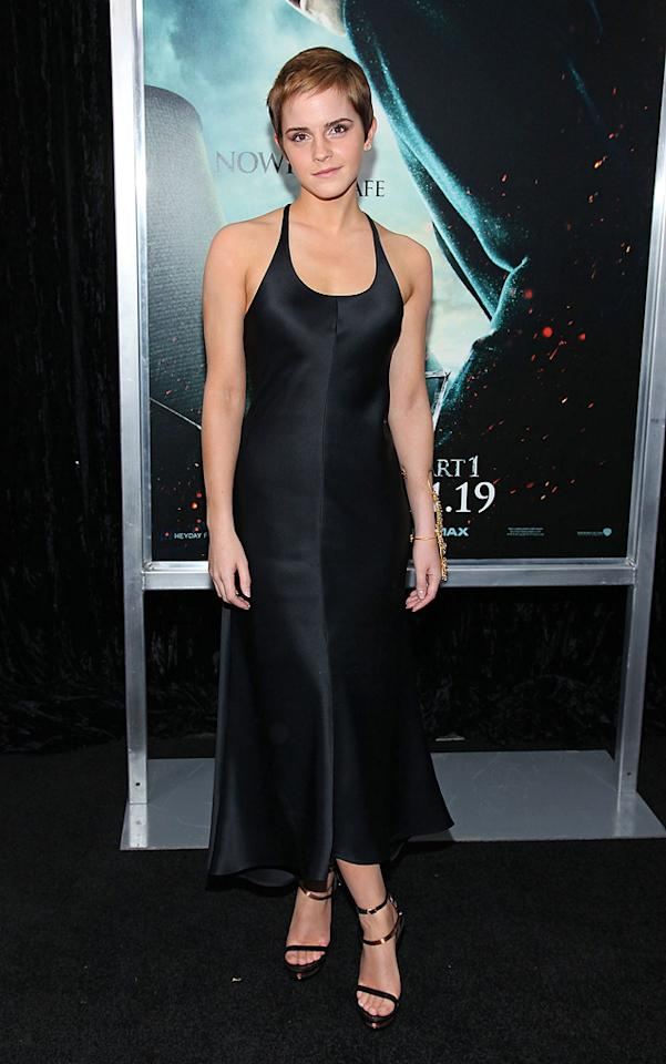 """<a href=""""http://movies.yahoo.com/movie/contributor/1802866081"""">Emma Watson</a> attends the New York premiere of <a href=""""http://movies.yahoo.com/movie/1810004780/info"""">Harry Potter and the Deathly Hallows - Part 1</a> on November 15, 2010."""